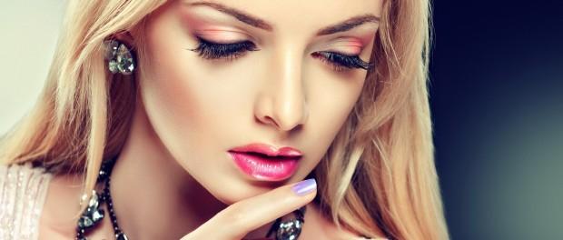 girl-red-eyeshadow-perfect-makeup-fashion-wide-hd-wallpaper