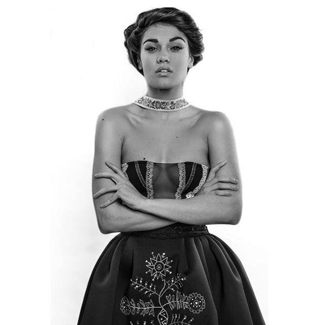 Andrea ve svém národním kostýmu. Foto: Facebook A. Kalousové.