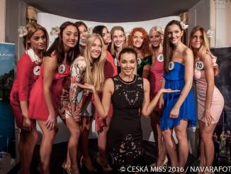Finalistky České Miss 2016 s ambasodorkou Ivou Kubelkovou. Foto: Česká Miss.