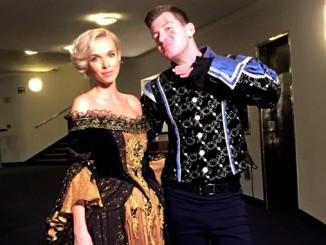 Hanka s kolegou Petrem v muzikálových kostýmech. Foto: Facebook H. Mašlíkové.