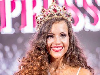 Šťastná vítězka. Foto: Facebook Miss Czech Press.