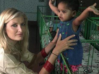 Tereza Maxová se během líbánek věnuje i opuštěným dětem. Foto: Instagram T. Maxové.