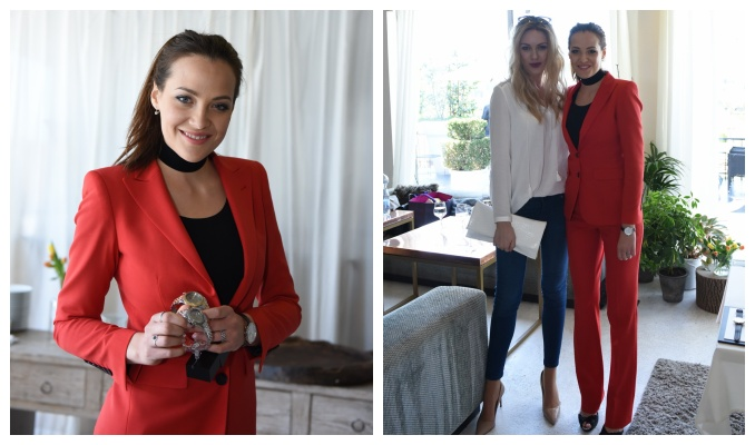 Miss Kateřina Sokolová, na fotografii vpravo s modelkou Petrou Růžičkovou. Foto: Arthur Koff.