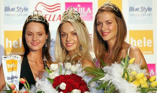 Renáta Czadernová v roce 2006 (vlevo) po boku pozdější Miss World 2006 Taťány Kuchařové (uprostřed) a Kateřiny Pospíšilové (vpravo). Foto: Michal Sváček.