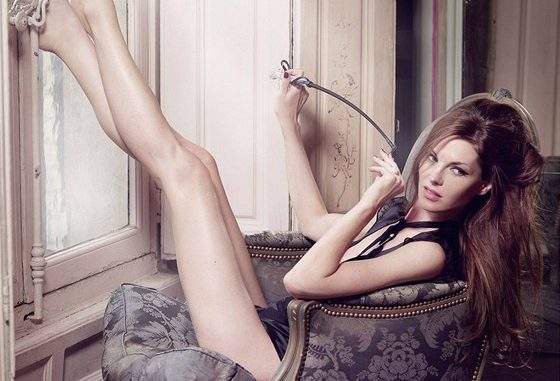Modelka se může chlubit tělem bez zásahu plastické chirurgie, zdroj: Stock